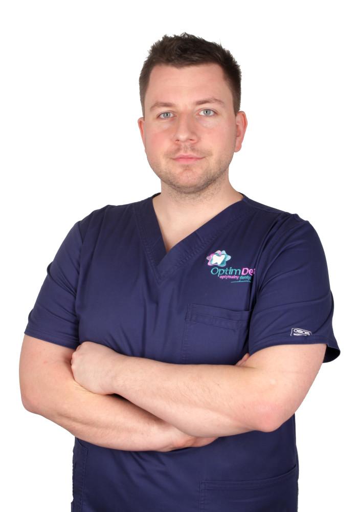 Chirurg Paweł Kulesza